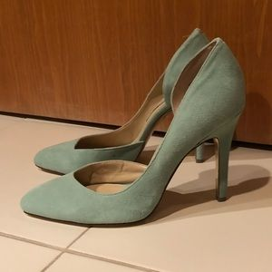 Chinese Laundry Mint Suede Pumps